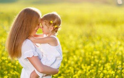 Intuïtie en opvoeding: 3 tips om telepathisch te communiceren met je kind